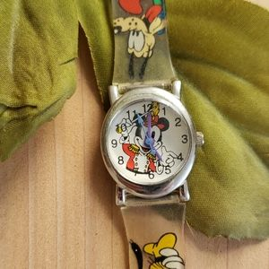 Accessories - Mickey mouse watch